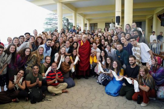 tushita-meditation-centre-students-from-introduction-to-buddhism-may-18-to-27-2018-with-his-holiness-the-dalai-lama-by-office-of-his-holiness-the-dalai-lama